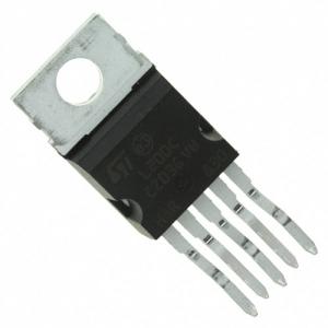 L200CV 2,85-36V 2A 5pin püstine