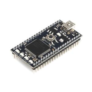 mbed LPC1768 - ARM Cortex-M3 mikrokontroller