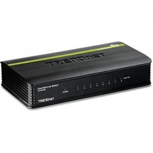 Switch: 8 x 10/100Mbps, plastikust, madal voolutarve