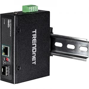 Tööstuslik konverter: 1xGB PoE+ <> 1 x 100/1000Mbps SFP Media Converter, Din, IP30, -40 to 75 ºC